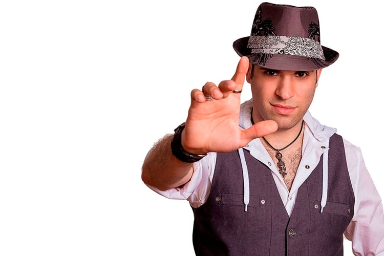 spidey magicien artiste Les Productions Maximum artistes